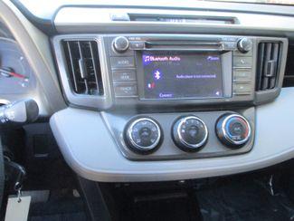 2013 Toyota RAV4 LE Farmington, Minnesota 4