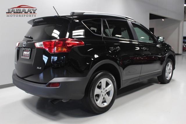 2013 Toyota RAV4 XLE Merrillville, Indiana 4