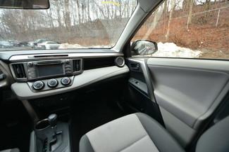 2013 Toyota RAV4 LE Naugatuck, Connecticut 17