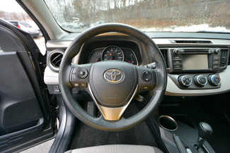 2013 Toyota RAV4 LE Naugatuck, Connecticut 20