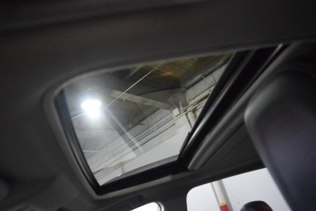 2013 Toyota RAV4 Limited Richmond Hill, New York 4