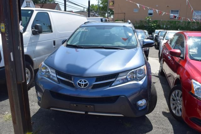 2013 Toyota RAV4 XLE Richmond Hill, New York 1