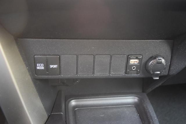 2013 Toyota RAV4 XLE Richmond Hill, New York 17