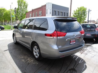 2013 Toyota Sienna L Milwaukee, Wisconsin 5