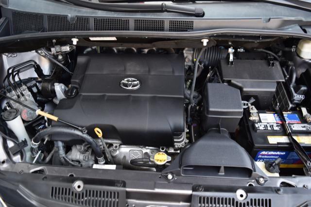 2013 Toyota Sienna 5dr 8-Pass Van V6 XLE FWD (SE) Richmond Hill, New York 20