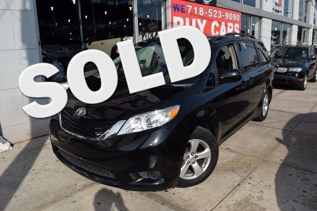 2013 Toyota Sienna LE Richmond Hill, New York 0
