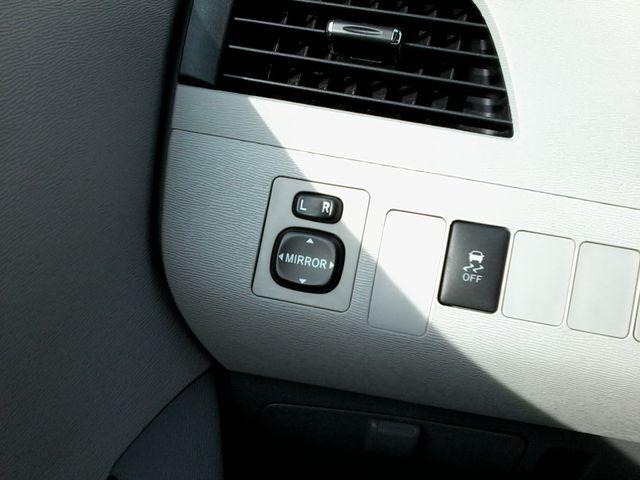 2013 Toyota Sienna LE San Antonio, Texas 29
