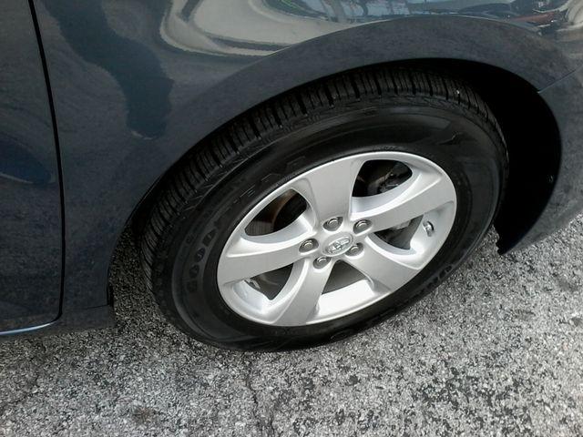 2013 Toyota Sienna LE San Antonio, Texas 33