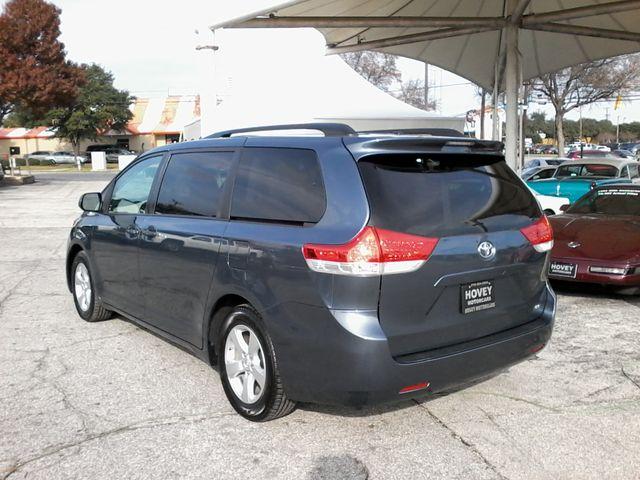 2013 Toyota Sienna LE San Antonio, Texas 5