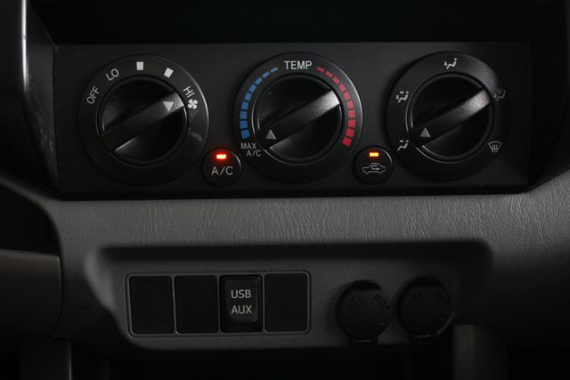 2013 Toyota Tacoma REG CAB RWD - BRAND NEW TIRES! Mooresville , NC 30