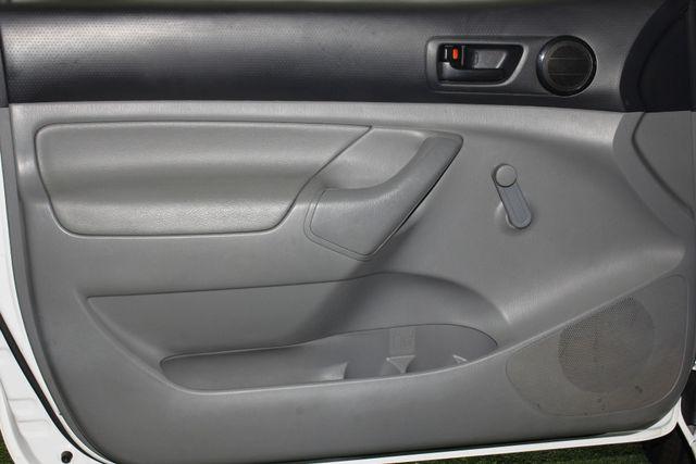 2013 Toyota Tacoma REG CAB RWD - BRAND NEW TIRES! Mooresville , NC 31