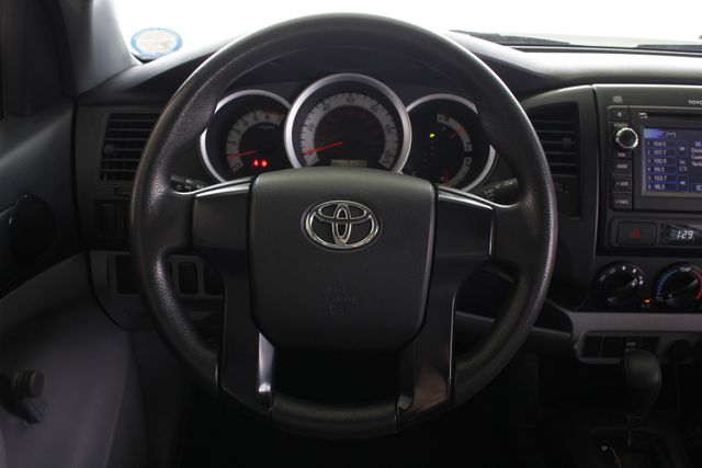 2013 Toyota Tacoma REG CAB RWD - BRAND NEW TIRES! Mooresville , NC 4