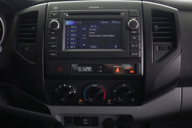 2013 Toyota Tacoma REG CAB RWD - BRAND NEW TIRES! Mooresville , NC 8