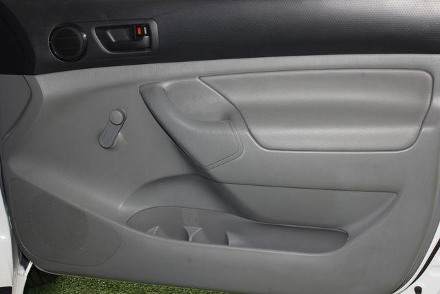 2013 Toyota Tacoma REG CAB RWD - BRAND NEW TIRES! Mooresville , NC 32