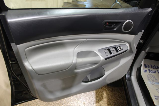 2013 Toyota Tacoma Roscoe, Illinois 24