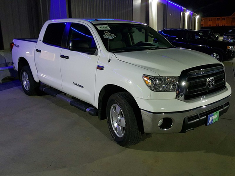 2013 Toyota Tundra  CREWMAX SR5  5.7  TRD in , ND
