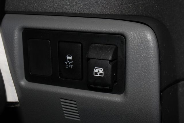 2013 Toyota Tundra LTD CrewMax 4x4 - NAVIGATION - SUNROOF! Mooresville , NC 32