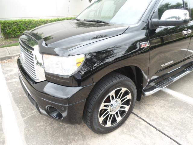 2013 Toyota Tundra LTD Crew Max 4x4 Plano, Texas 10