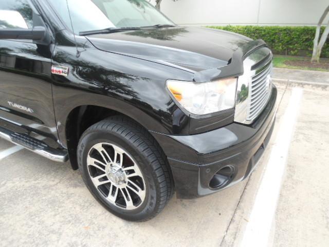 2013 Toyota Tundra LTD Crew Max 4x4 Plano, Texas 5