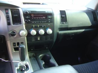 2013 Toyota Tundra Tundra-Grade CrewMax 5.7L FFV 4WD San Antonio, Texas 10