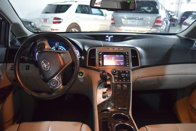 2013 Toyota Venza 4dr Wgn V6 AWD XLE Richmond Hill, New York 10