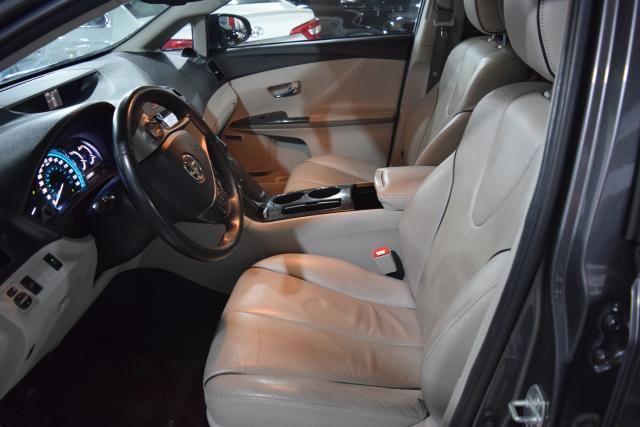 2013 Toyota Venza 4dr Wgn V6 AWD XLE Richmond Hill, New York 11