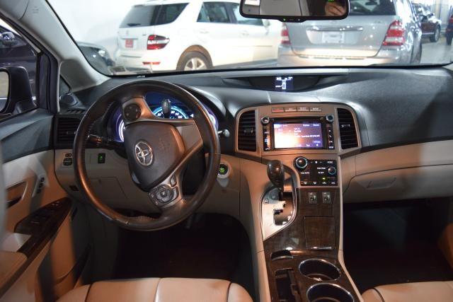 2013 Toyota Venza 4dr Wgn V6 AWD XLE Richmond Hill, New York 9