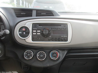 2013 Toyota Yaris L Miami, Florida 13