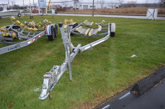 2013 Venture Boat Trailer VRT-7950 Roller Style, Fits 25-27ft Boat East Haven, Connecticut 1