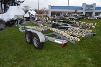 2013 Venture Boat Trailer VRT-7950 Roller Style, Fits 25-27ft Boat East Haven, Connecticut 3
