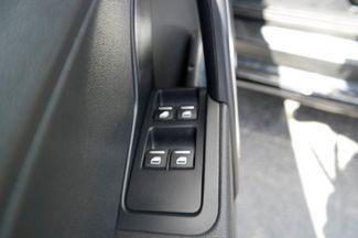 2013 Volkswagen Beetle Convertible 2.0T w/Sound/Nav Hialeah, Florida 10