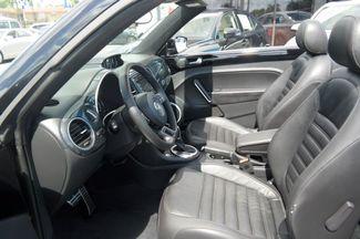 2013 Volkswagen Beetle Convertible 2.0T w/Sound/Nav Hialeah, Florida 11