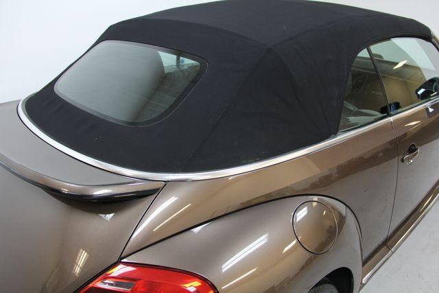 2013 Volkswagen Beetle Convertible 2.5L w/Tech Richmond, Virginia 4