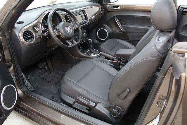 2013 Volkswagen Beetle Convertible 2.5L w/Tech Richmond, Virginia 5