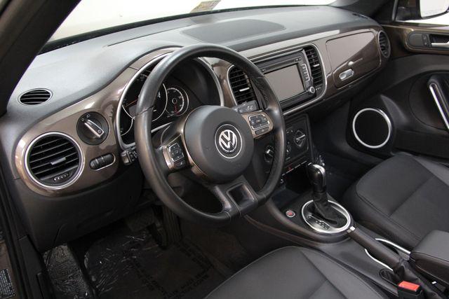 2013 Volkswagen Beetle Convertible 2.5L w/Tech Richmond, Virginia 6