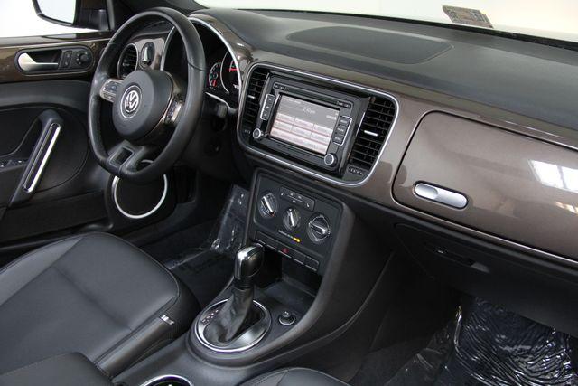 2013 Volkswagen Beetle Convertible 2.5L w/Tech Richmond, Virginia 13