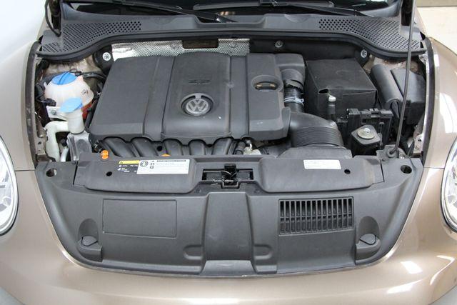 2013 Volkswagen Beetle Convertible 2.5L w/Tech Richmond, Virginia 23