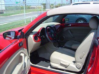 2013 Volkswagen Beetle Convertible 2.5L w/Tech San Antonio, Texas 8