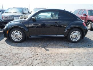 2013 Volkswagen Beetle Coupe 25L  city Texas  Vista Cars and Trucks  in Houston, Texas