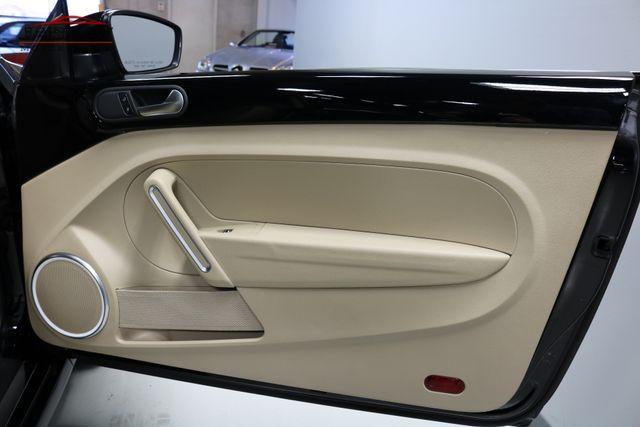 2013 Volkswagen Beetle Coupe 2.0L TDI Merrillville, Indiana 24