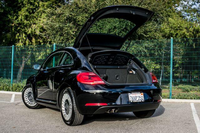 2013 Volkswagen Beetle Coupe 2.5L Reseda, CA 10