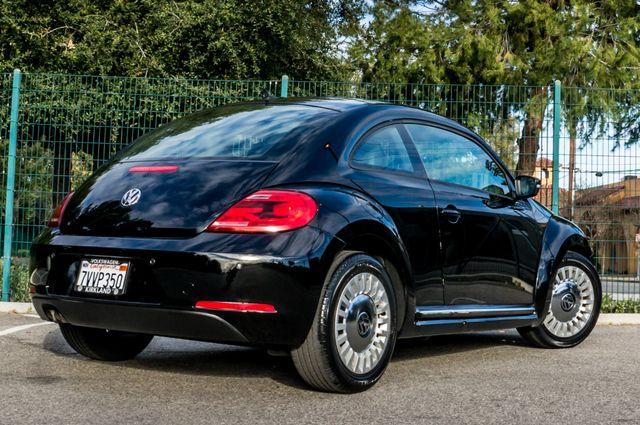 2013 Volkswagen Beetle Coupe 2.5L Reseda, CA 9