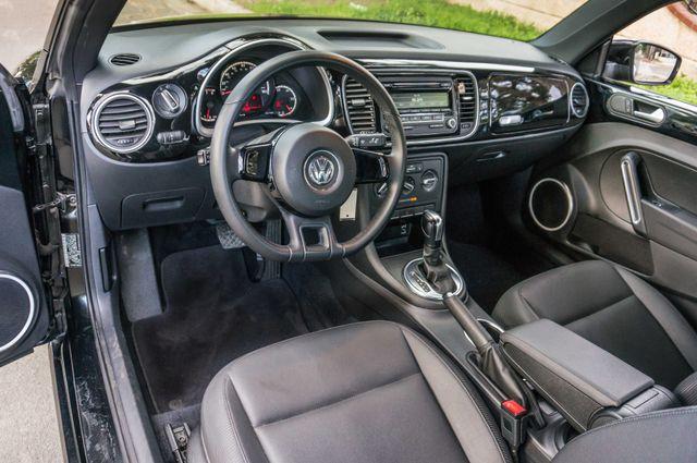 2013 Volkswagen Beetle Coupe 2.5L Reseda, CA 16