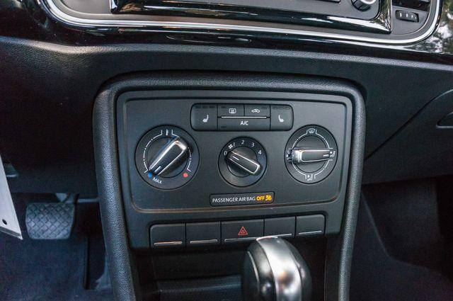 2013 Volkswagen Beetle Coupe 2.5L Reseda, CA 24