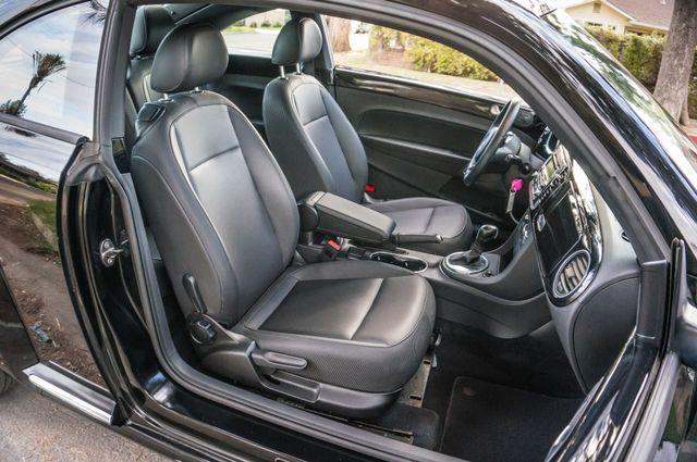 2013 Volkswagen Beetle Coupe 2.5L Reseda, CA 29