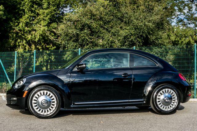 2013 Volkswagen Beetle Coupe 2.5L Reseda, CA 4