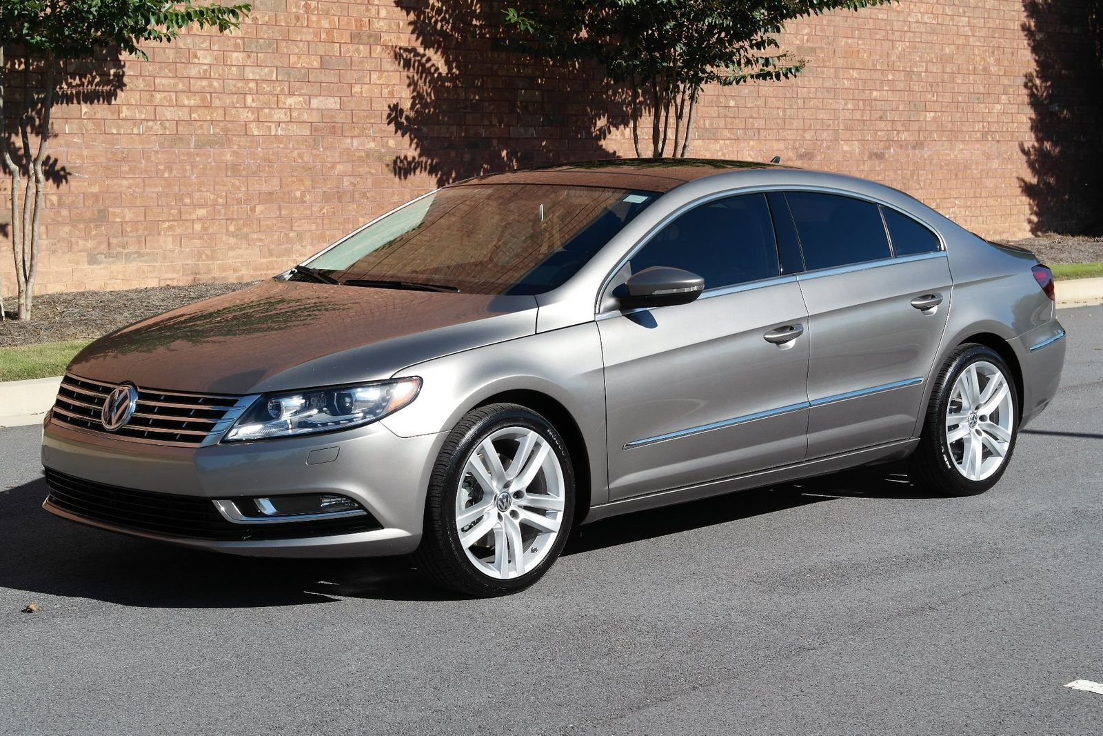 2013 volkswagen cc lux flowery branch ga lakeside motor. Black Bedroom Furniture Sets. Home Design Ideas