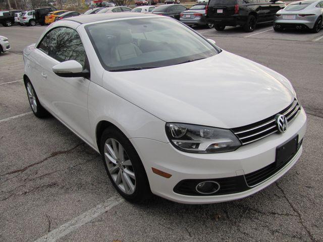 2013 Volkswagen Eos Komfort St. Louis, Missouri 8