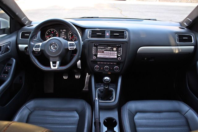2013 Volkswagen GLI AUTOBAHN 6-SPEED MANUAL 64K MLS LEATHER SUNROOF ALLOY WHLS SERVICE RECORDS Woodland Hills, CA 16