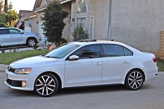2013 Volkswagen GLI AUTOBAHN 6-SPEED MANUAL 64K MLS LEATHER SUNROOF ALLOY WHLS SERVICE RECORDS Woodland Hills, CA 2